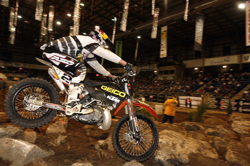 Christini rider Geoff Aaron gets first EnduroCross win, forces Championship to Vegas!
