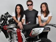 Cover Photo-Wally And Girls